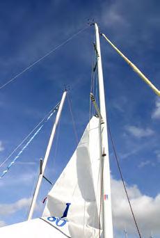 sailboat mast / aluminum / one design