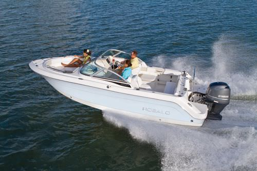 Outboard runabout / bowrider / wakeboard / 10-person max. R227 Robalo