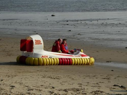 commercial hovercraft / rescue