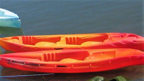 sit-on-top kayak / rigid / sea / solo
