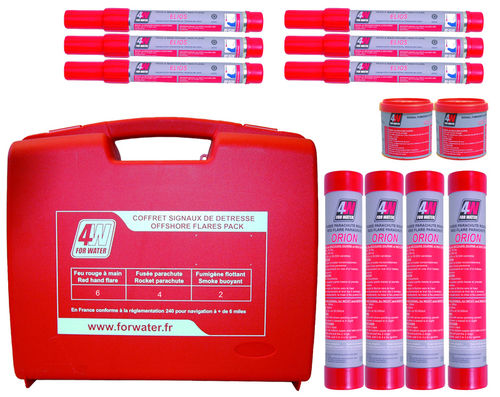 Coastal distress kit for boats (hand-held flares and smoke signals, rockets) PY600020 Forwater