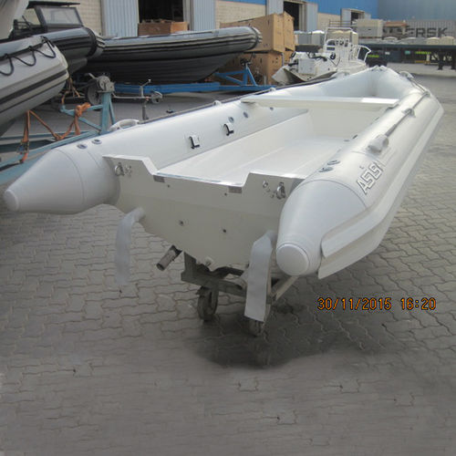 outboard inflatable boat / foldable / 7-person max.