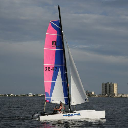 recreational sport catamaran / instructional / double-handed / single-trapeze