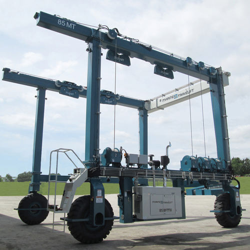 remotely controlled travel lift - Marine Travelift, Inc.
