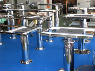 adjustable boat table pedestal / pneumatic