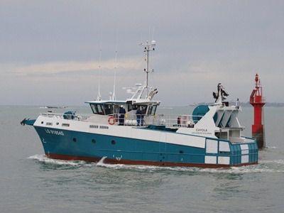 fishing trawler / aluminum