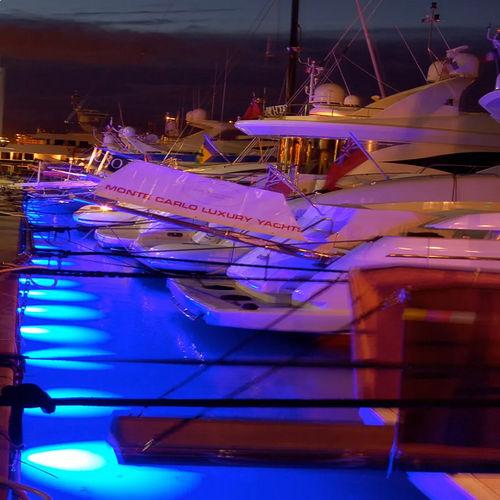 underwater dock light / LED / aluminum