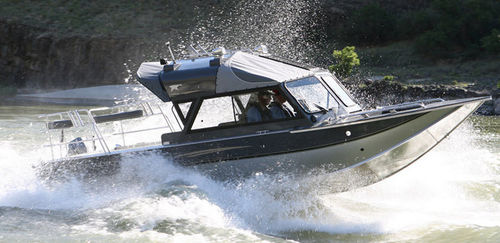 Inboard day fishing boat / hydro-jet 23 ULTRA MAGNUM Duckworth