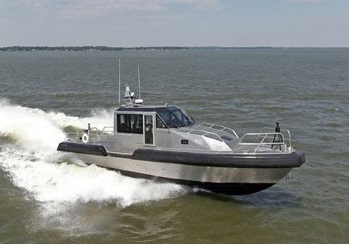 inboard waterjet fireboat / aluminum