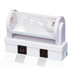 reading light / for ships / for bunks / with adjustable reflector