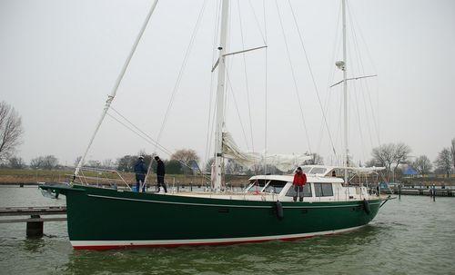 cruising sailing yacht / center cockpit / aluminum / 3-cabin