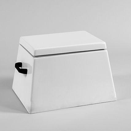 Step box with storage box EC2202 Dock Box Depot: Custom Fiberglass Accessories