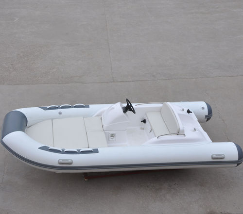 outboard inflatable boat / diesel / RIB / side console
