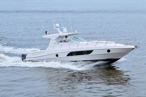 Outboard express cruiser / open / sport 42 Oryx