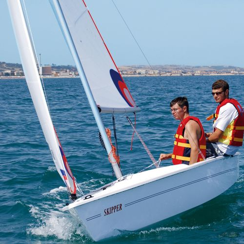 Double-handed sailing dinghy / recreational / symmetric spinnaker SKIPPER CNA Cantiere Nautico