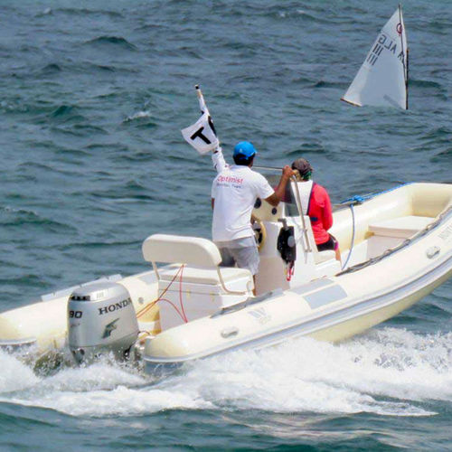 outboard inflatable boat / center console / dive / 10-person max.