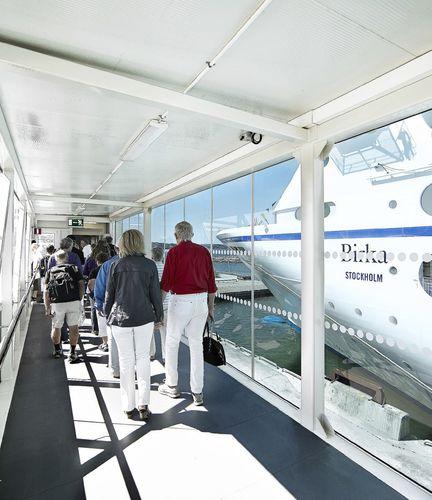 cruise ship gangway / telescopic / hydraulic / lightweight