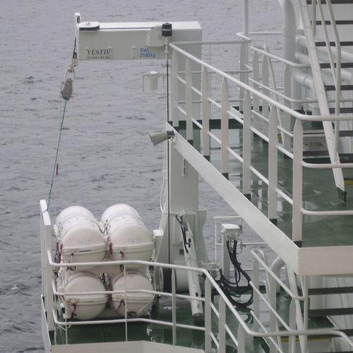 Ship davit / liferaft / hydraulic L Vestdavit