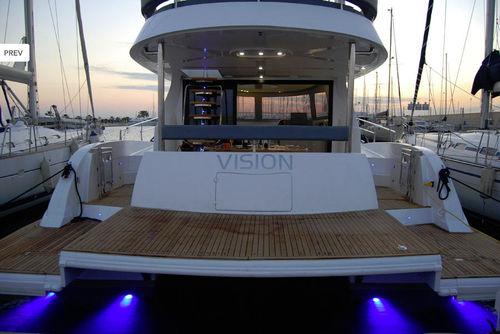 Catamaran express cruiser / inboard / flybridge 43 Special Edition Flash Catamarans