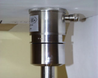 ultrasonic level switch / for ships / for storage tanks