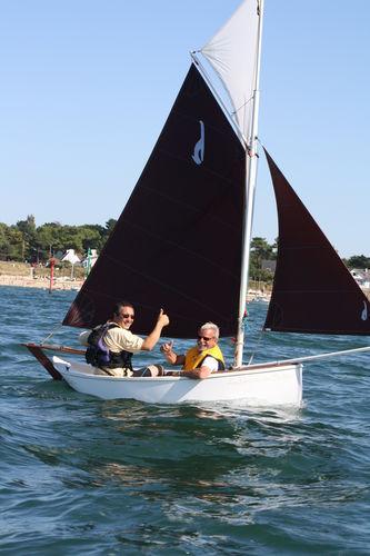 Single-handed sailing dinghy / recreational / gaff-rigged Gazelle des Sables Ateliers de LA GAZELLE DES SABLES