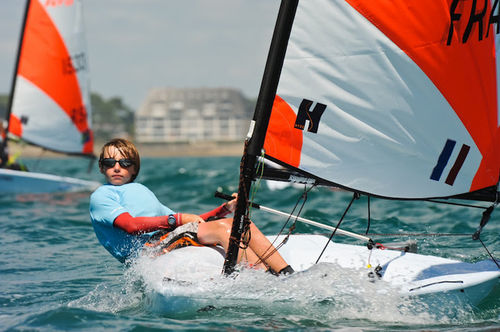 Children's sailing dinghy / single-handed / instructional / regatta RS Tera RS Sailing