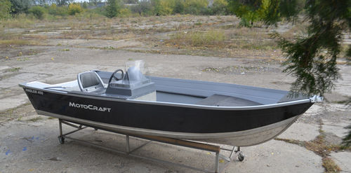 Outboard small boat / sport-fishing / aluminum / 5-person max. Angler 450T MOTOCRAFT BOATS SRL