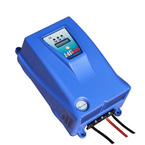 Battery charger / for work boats / marine / smart HFM Aquamot
