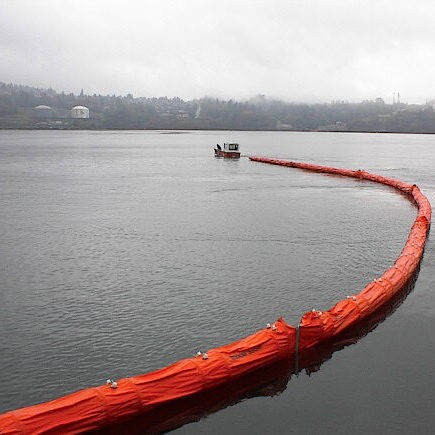 pollution control boom / floating / sheltered waters / self-inflating