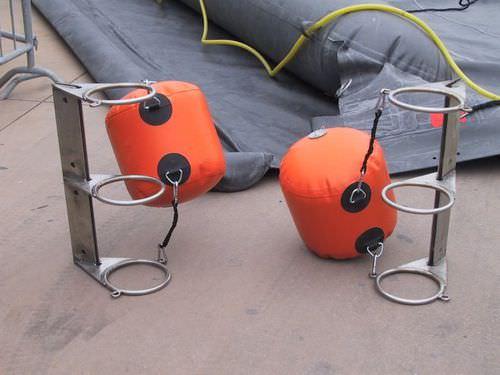 Perimeter buoy / beacon / inflatable / PVC Vira Soluzioni