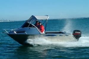 outboard day cruiser / sport-fishing