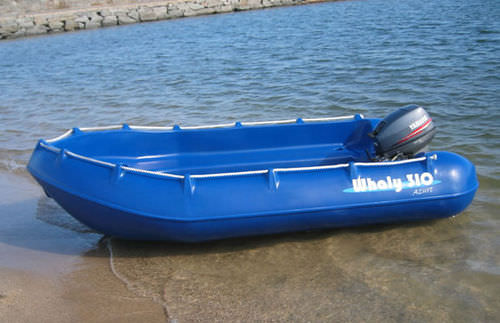 outboard small boat / rotation-molded / 4-person max.