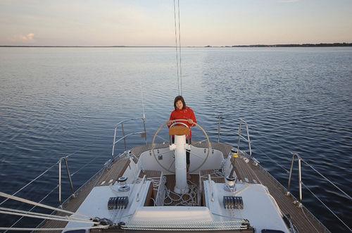 cruising sailing yacht / open transom / 3-cabin