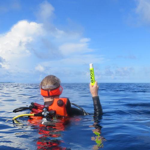diver personal locator beacon (PLB) / GPS