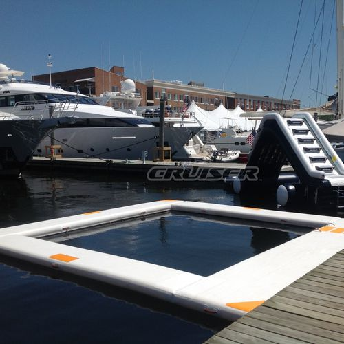 floating swimming pool / for yachts