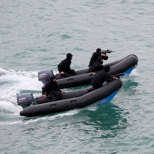 outboard inflatable boat / RIB / 4-person max.