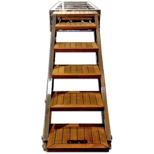 boat gangway / for yachts / retractable / remote-controlled