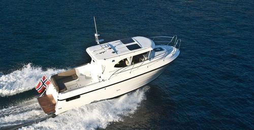 inboard cabin cruiser / wheelhouse / 6-person max. / 4-berth
