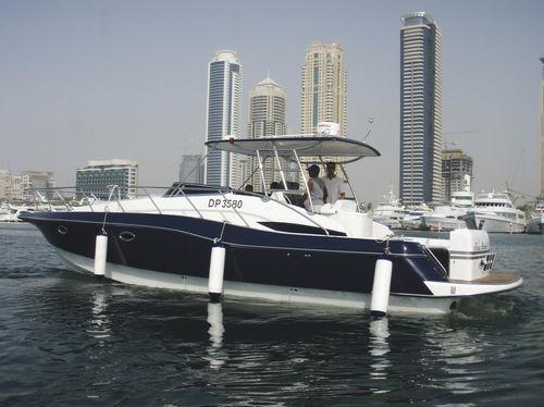 inboard express cruiser / twin-engine / open / 1-cabin