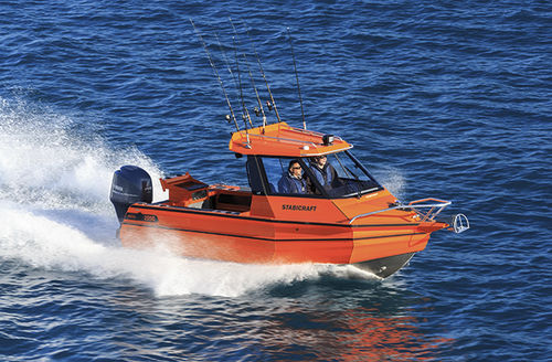 outboard walkaround / with enclosed cockpit / sport-fishing / 7-person max.