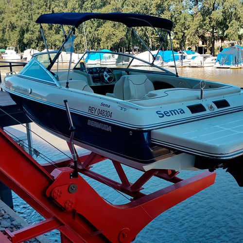 boat lift / for tenders / for yachts / for jet-skis