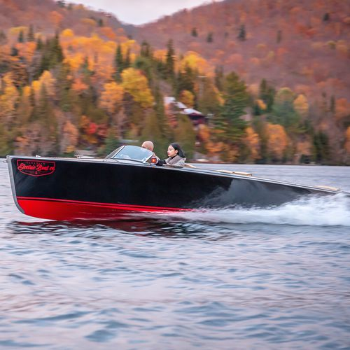 electric runabout / inboard / dual-console / ski