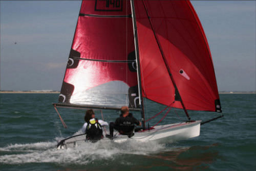 double-handed sailing dinghy (asymmetric spinnaker, trapeze) PH 4.40 Philéas Boats