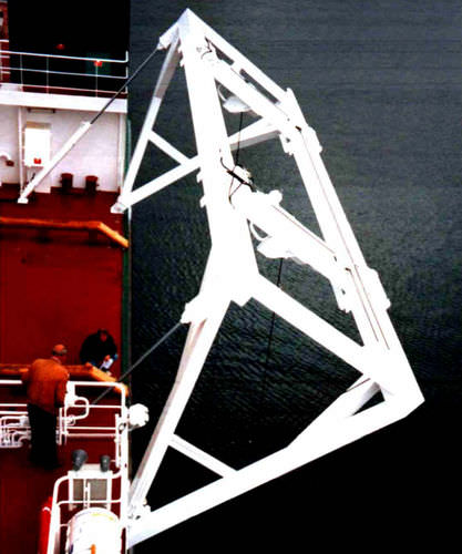 work-boat davit for ships (hydraulic) F-TYPE Vestdavit