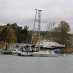 floating dock crane / deck