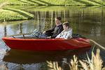 inboard aquatic center boat / electric