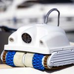 hull cleaning marine drone / autonomous / tethered