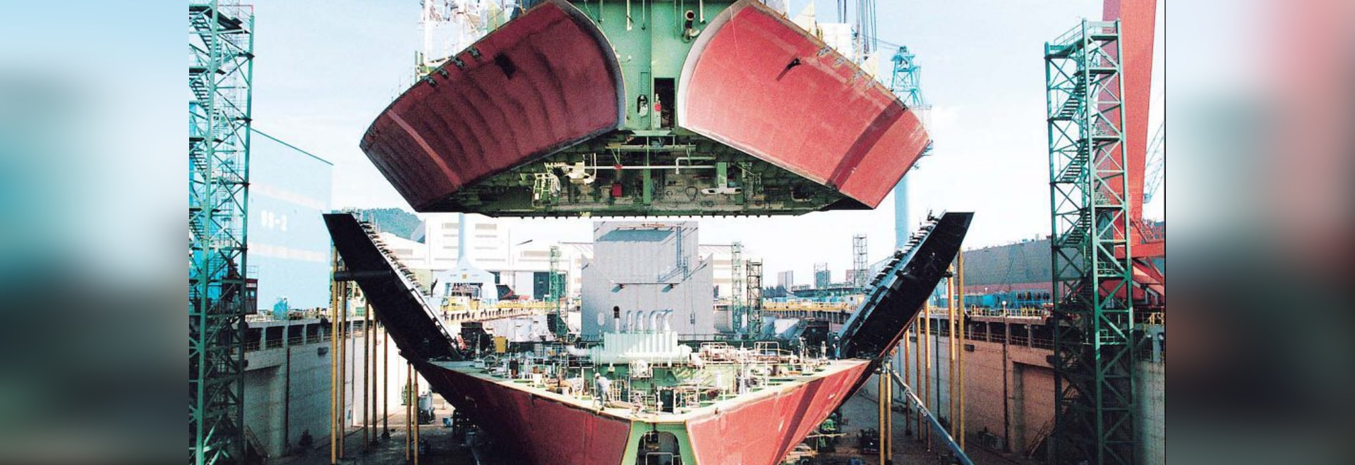 Clarksons: Shipyards' Forward Cover Drops to 2.3 Years