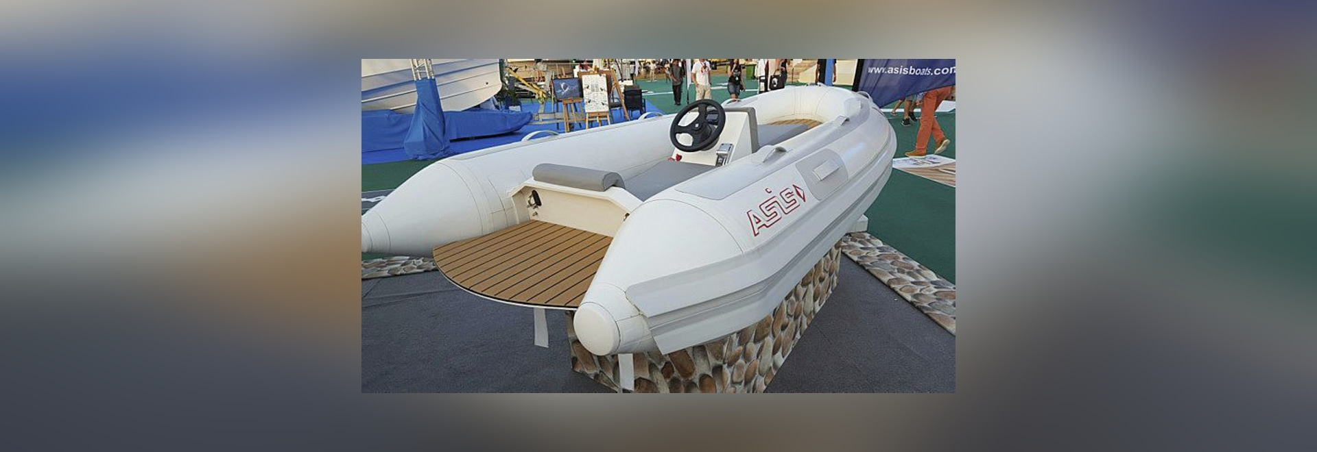 ELECTRIC JET DRIVEN YACHT TENDER