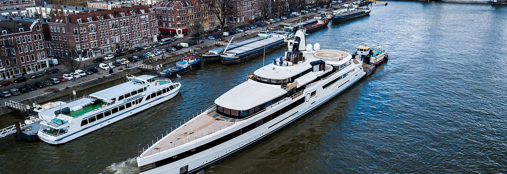 Feadship transports 93m Lady S through the Netherlands